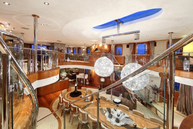 Superyacht Sherakhan. Dining room, view from above