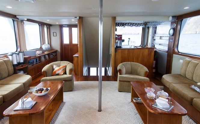 Integrity Yacht - Salon