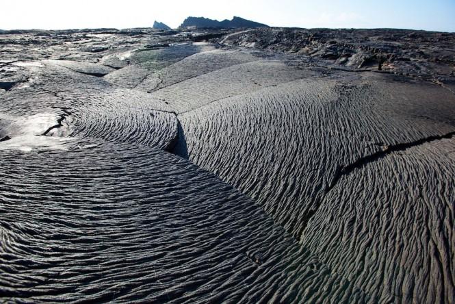 Lava flows - Sullivan Bay Santiago - Photo Bill Roberson