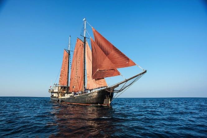 Sailing yacht ADELAAR - built in 1902