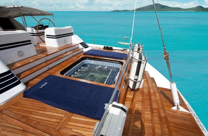 Sailing yacht SEA QUELL - Hot tub