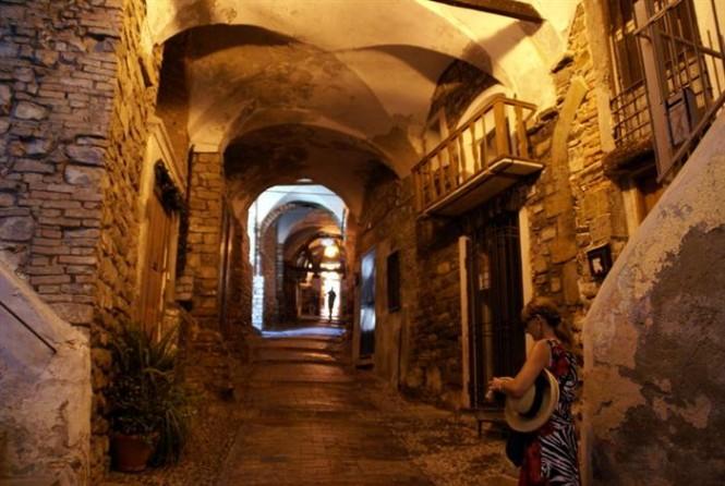 Sanremo - La Pigna alleyways