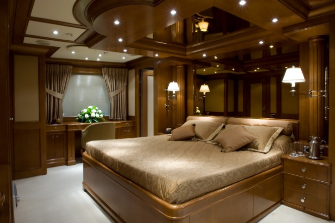 Classic yacht INSIGNIA - Master suite