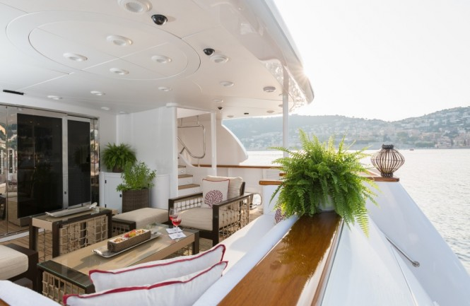 BINA - Main deck aft view