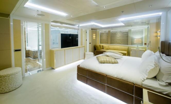 Master suite aboard luxury yacht JADE 959