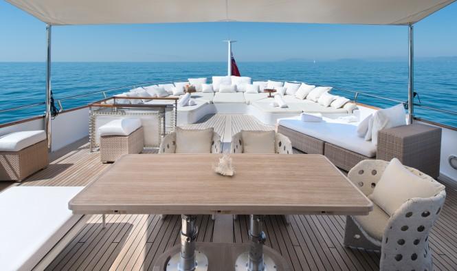 Motor yacht SIRAHMY - Aft upper deck