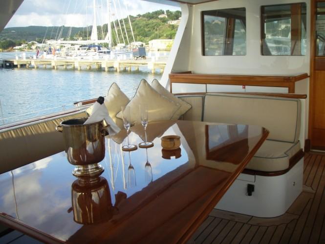 Alfresco dining aboard sailing yacht AXIA