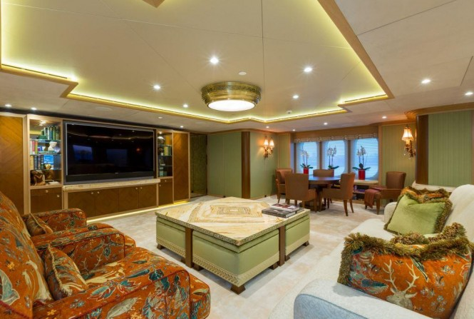 Amels superyacht CALYPSO - The skylounge