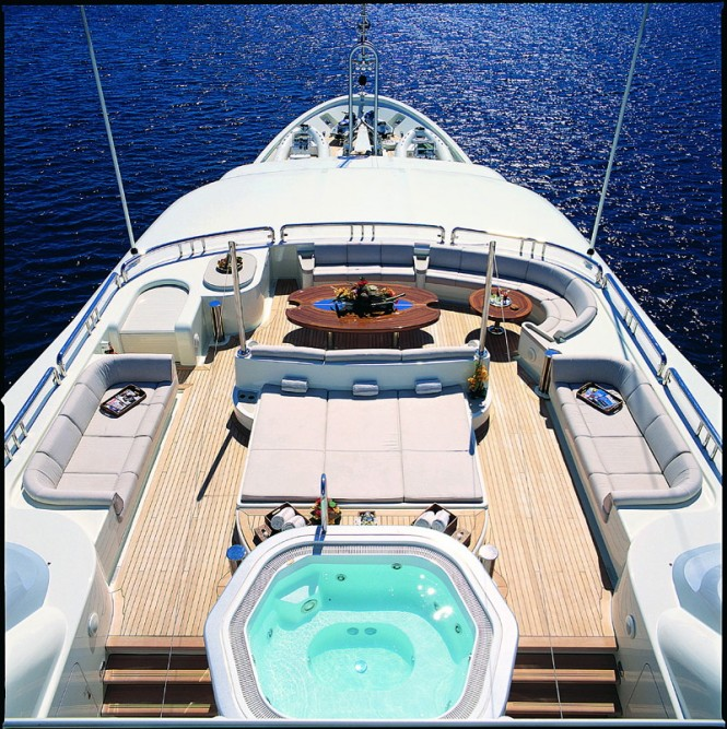 Amels yacht CALYPSO - Sundeck with jacuzzi