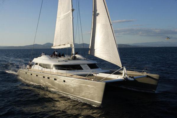 Luxury catamaran ALLURES from Compositeworks