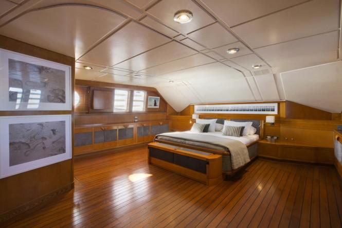 MY LIBRA Y- Master cabin main deck