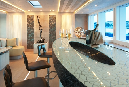M/Y PHILMI - Wet bar by Sandrine Melot