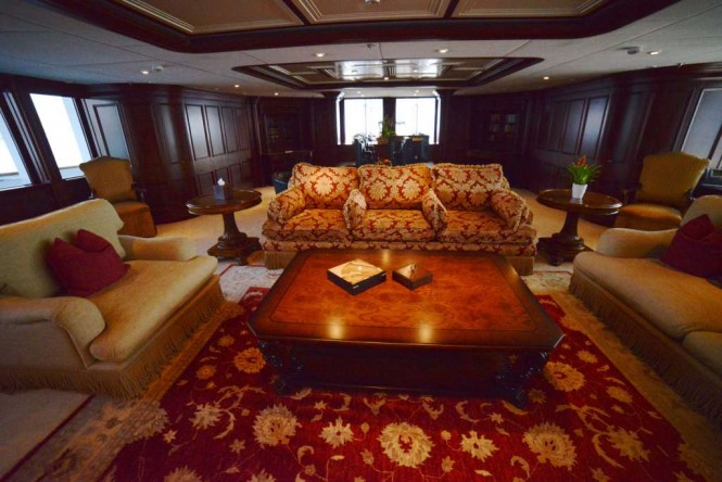 Main salon aboard M/Y NOMAD