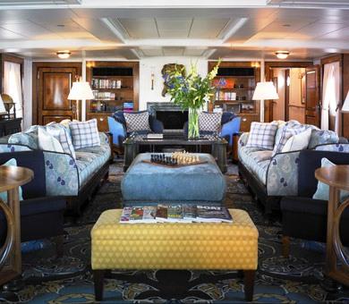 Superyacht TALITHA - Main salon