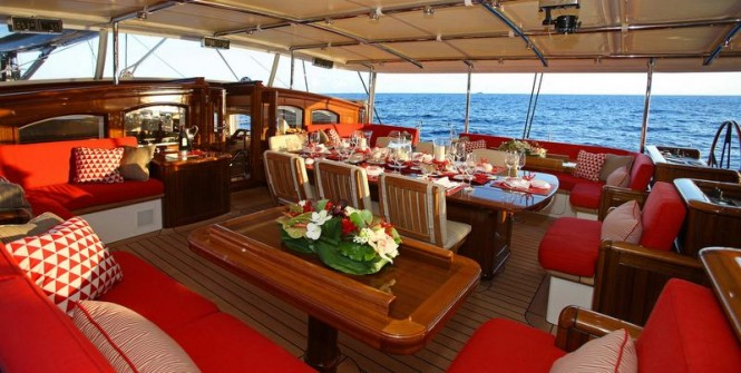 The cockpit offers a fabulous possibility for outdoor dining and relaxation aboard SY MARIE