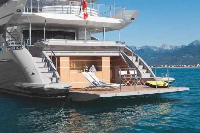 Great Beach Club on motor yacht H - Photo courtesy of Benetti