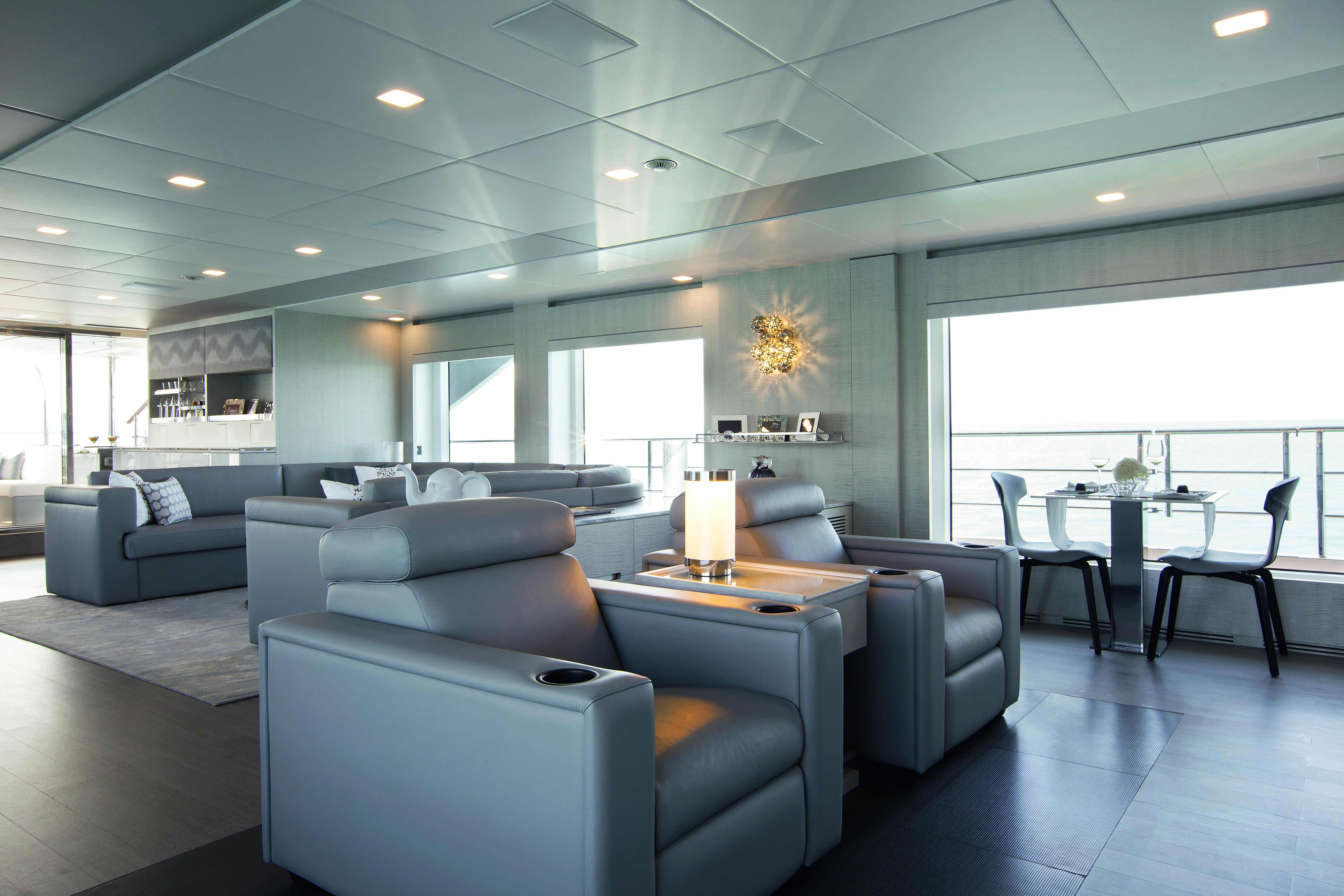 Motor yacht H - Main salon