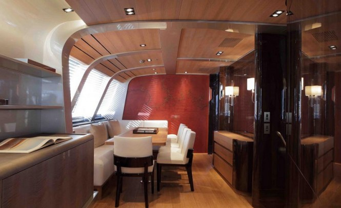 Superyacht SEAHAWK - Formal dining area