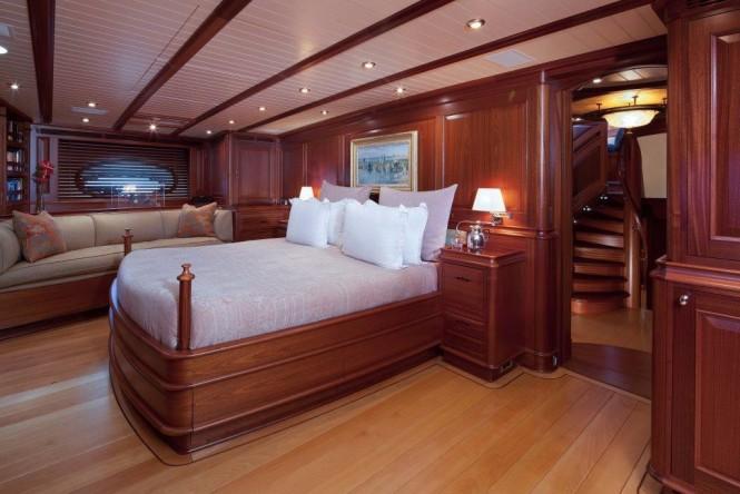 Luxury yacht ATHOS - Master suite