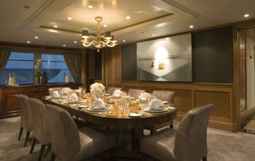 Luxury yacht UTOPIA - Formal dining