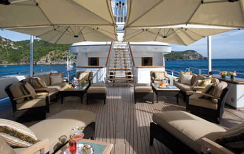 Luxury yacht UTOPIA - Upper deck aft