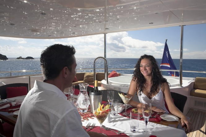 Motor yacht NAMOH - Upper deck aft dining and Jacuzzi