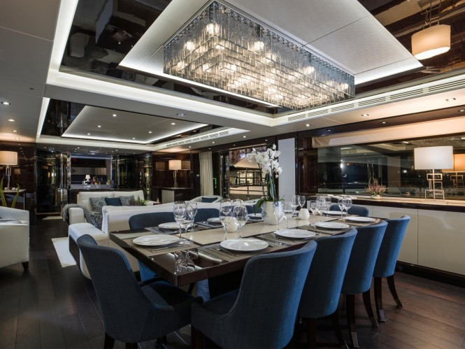 Open yacht FLEUR - Formal dining area and salon