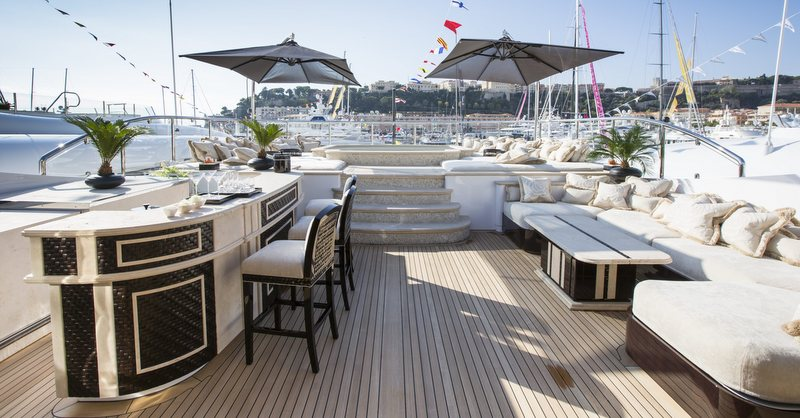 Superyacht ILLUSION V - Sundeck bar, lounging area and Jacuzzi