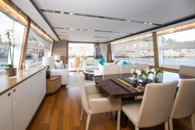 Superyacht LA VIE - Dining area and salon view aft
