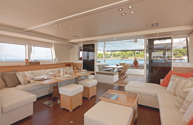 Luxury catamaran ENIGMA - Salon view aft