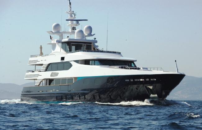 Luxury yacht ELENI (ex.ALIBI) - Built by CBI Navi