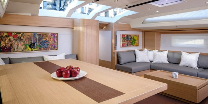 Sailing yacht Sorceress interior