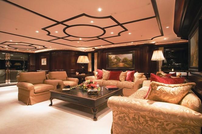 Superyacht ELENI - Main salon