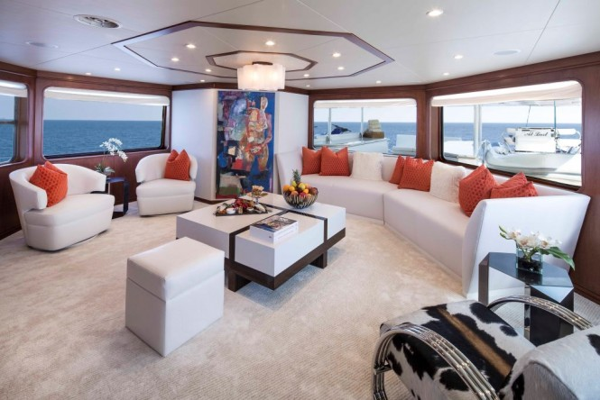 Luxury yacht AT LAST - Main Salon