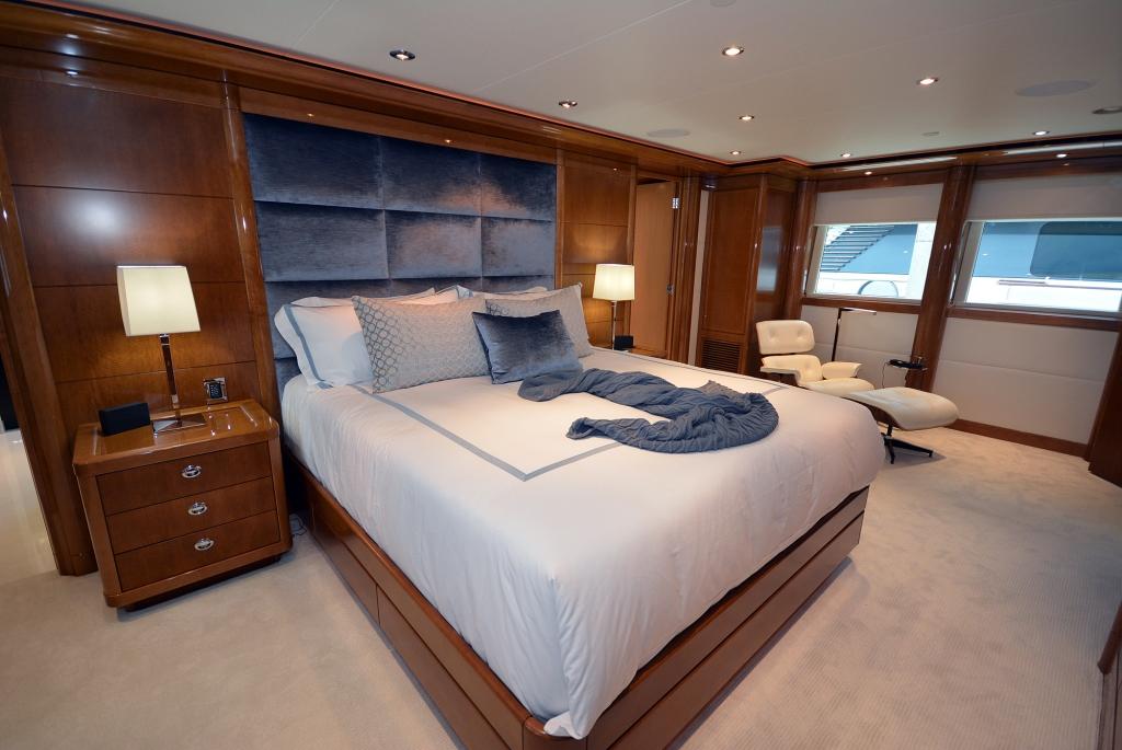 Superyacht AQUAVITA - Master suite
