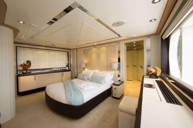 Superyacht LA MASCARADE - Master suite