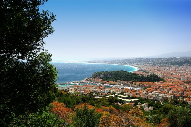 Vue Generale Aerienne. Photo credit A.Issock courtesy of The Convention and Visitors Bureau of Nice