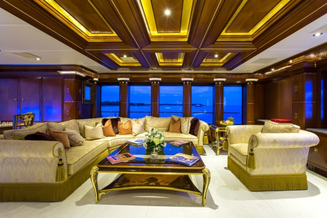 Bridge deck skylounge aboard luxury yacht SEANNA