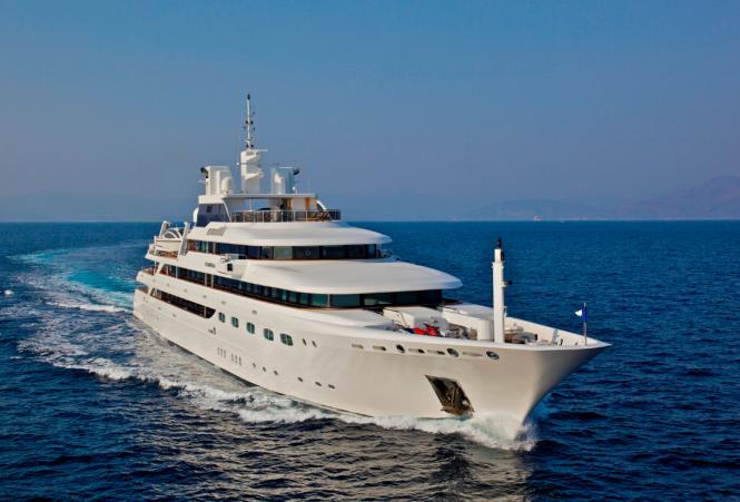 Luxury yacht OMEGA - Built by Mitsubishi