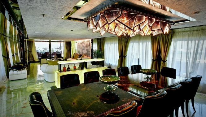 Motor yacht SARASTAR - Main salon and formal dining area