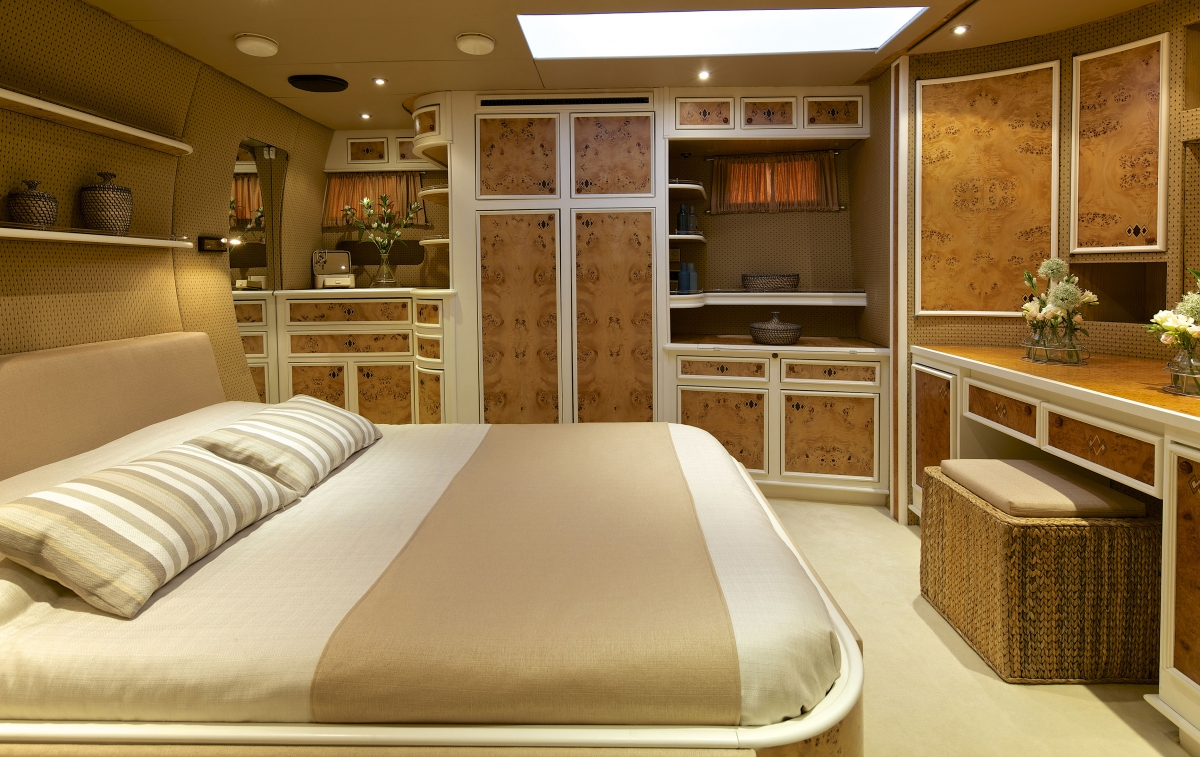 Sailing yacht AMADEUS - Maste suite