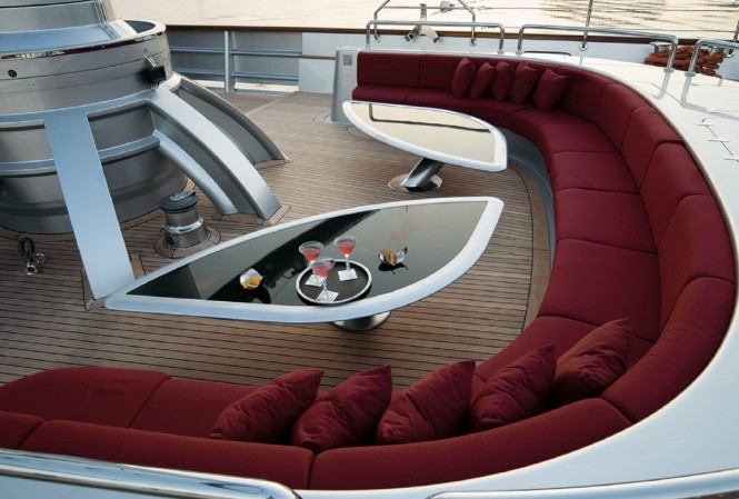 Sailing yacht MALTESE FALCON - Main deck aft outdoor lounge