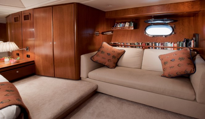 Sailing yacht SEAQUELL - Master suite with lounge