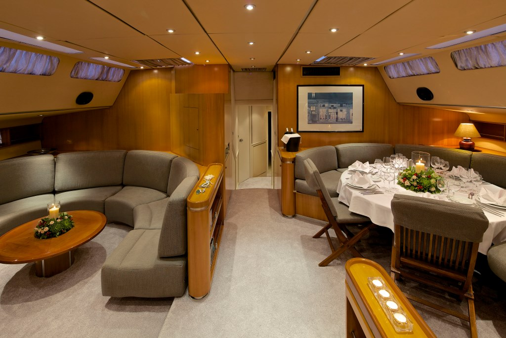 Superyacht AMADEUS - Salon and formal dining area