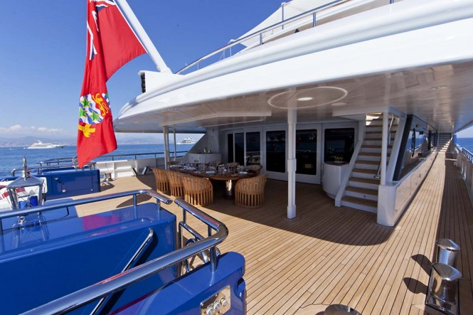 Superyacht SARAH - Main deck aft