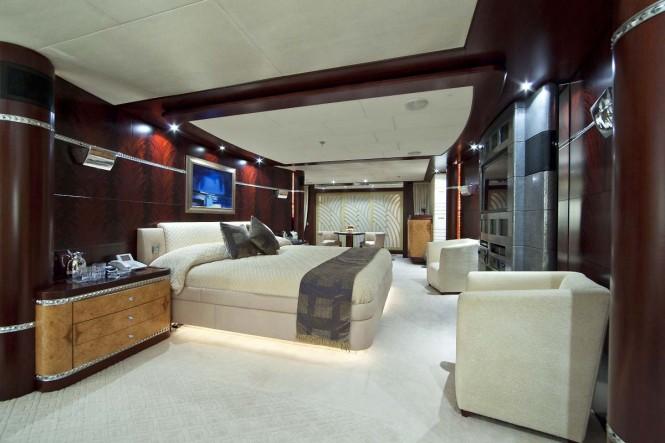 Superyacht SARAH - Master suite