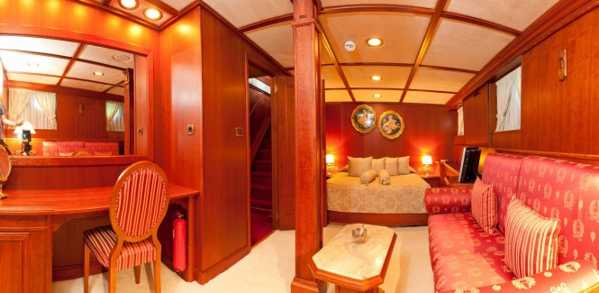 Superyacht SEAGULL II - Lower deck Owner's suite