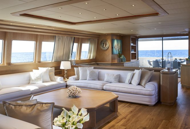 Luxury yacht DALOLI - Salon