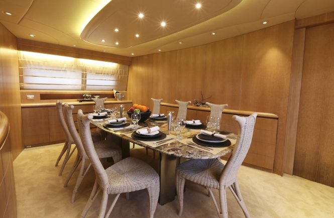 Luxury yacht IF - Formal dining area