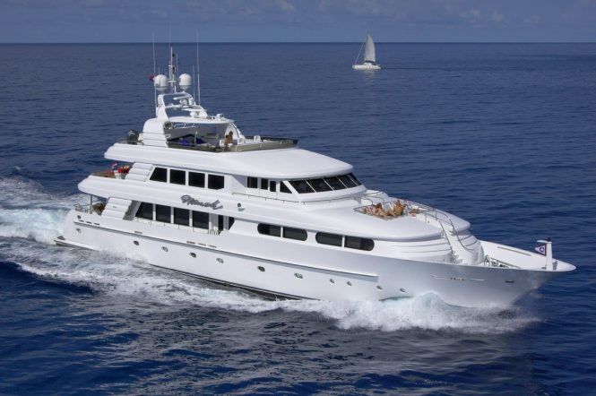 Luxury yacht NICOLE EVELYN - Built by Cheoy Lee Yachts